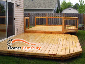 wooden-deck-cleaning-barnsbury